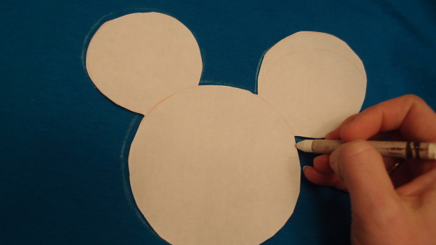 DIY Mickey Mouse Shirts